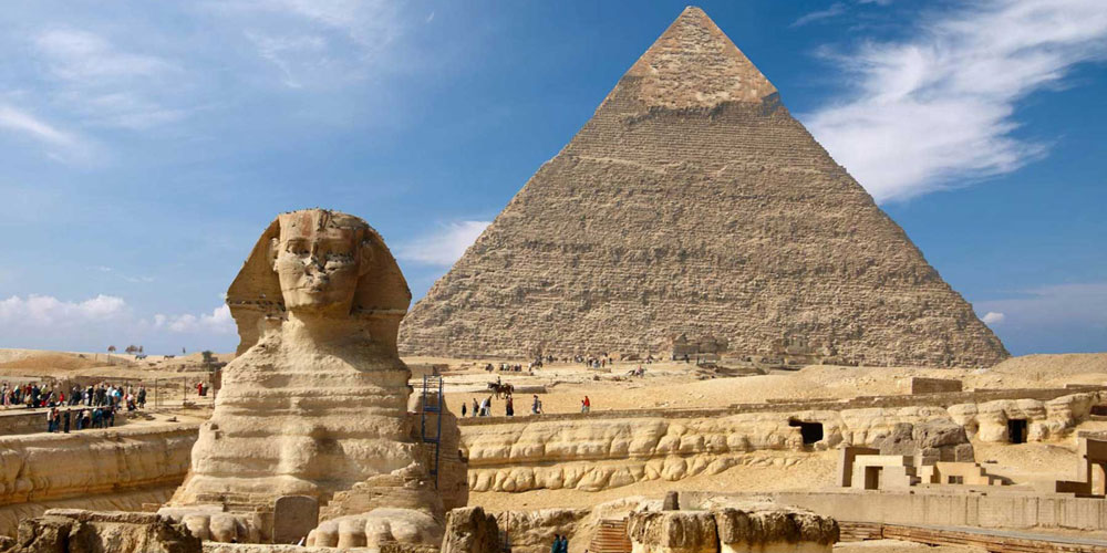 Debate About the Great Sphinx - Safaga Shore Excursions